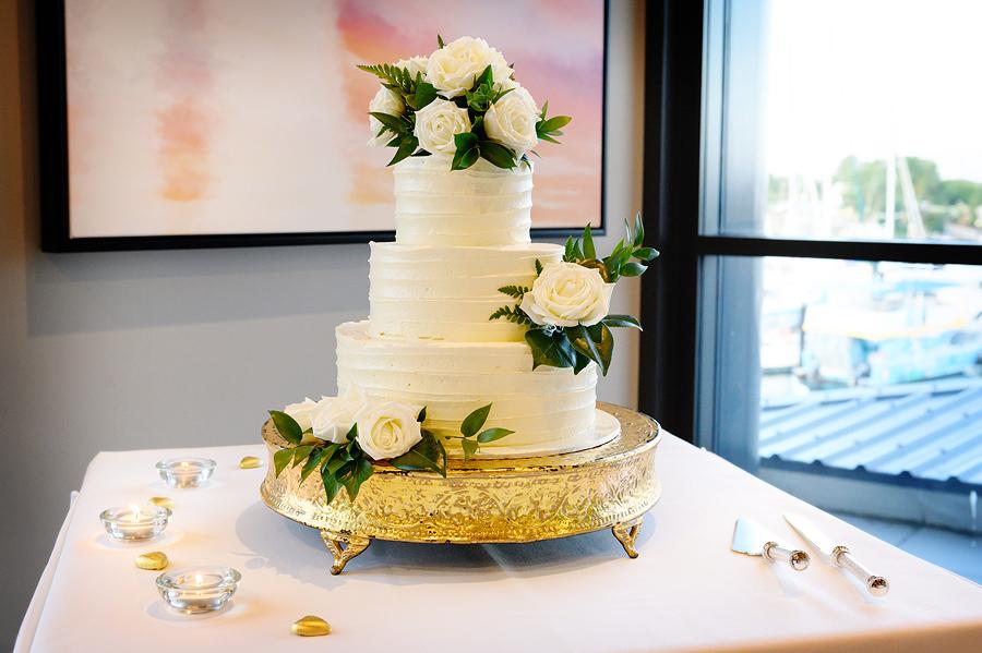 cairns wedding cake