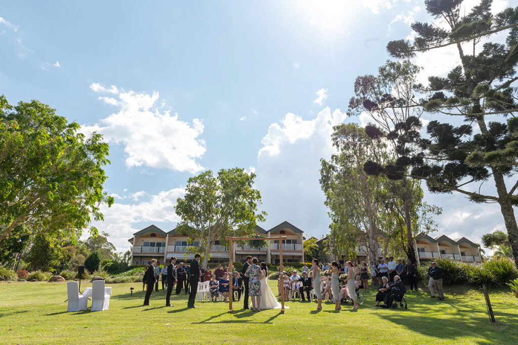 Lake Tinaroo wedding venue