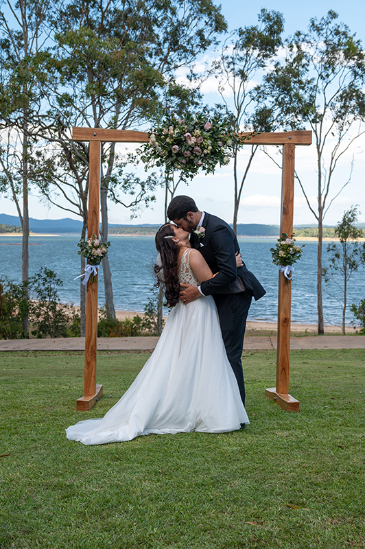 wedding Lake Tinaroo