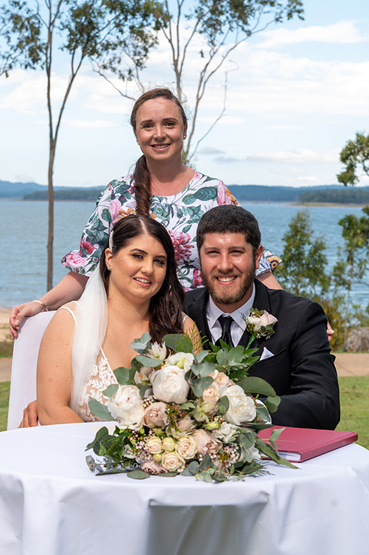 Lake Tinaroo wedding celebrant Cheyenne Trevor