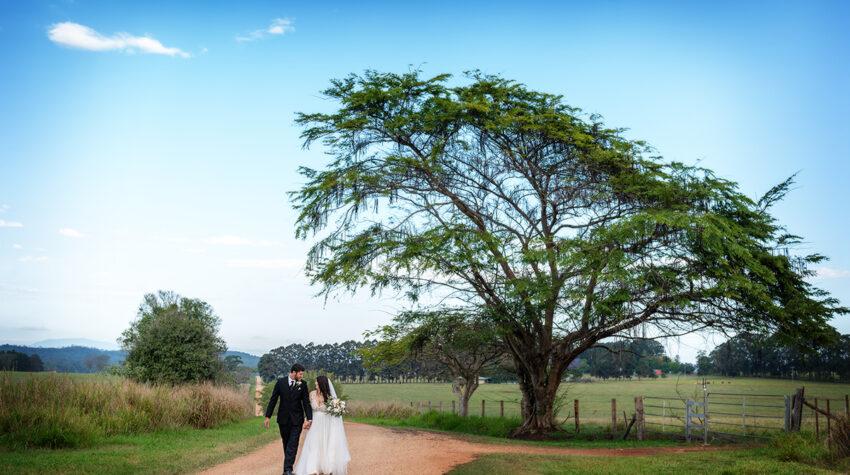 Lake Tinaroo wedding photography